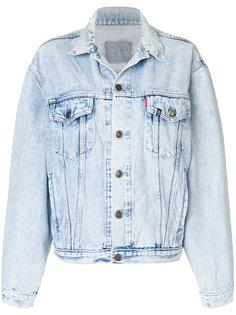 джинсовая куртка с нашивкой сзади  R13
