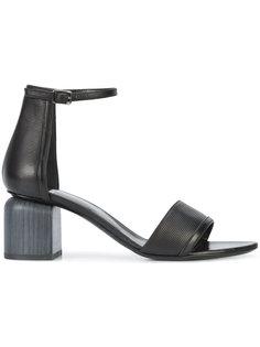 босоножки на устойчивом каблуке Pierre Hardy