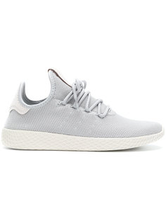 кроссовки Pharrell Williams Tennis Hu Adidas