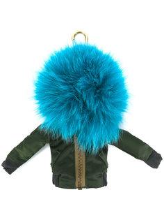 брелок в виде куртки-бомбер с помпоном Mr & Mrs Italy