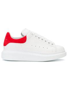 массивные кроссовки Alexander McQueen