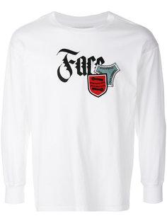 футболка с принтом логотипа и заплатками Facetasm