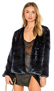 Пальто из искусственного меха too damn famous - LIONESS