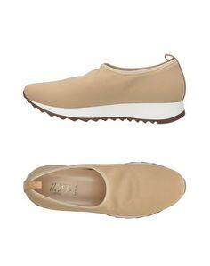 Низкие кеды и кроссовки Loriblu