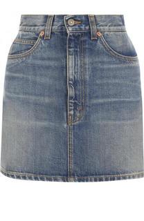 Джинсовая мини-юбка с потертостями и вышивкой Gucci