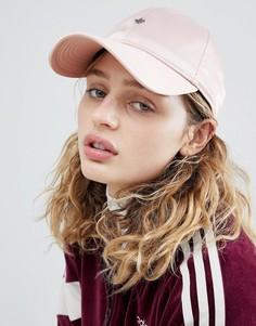 Розовая атласная кепка adidas Originals - Розовый