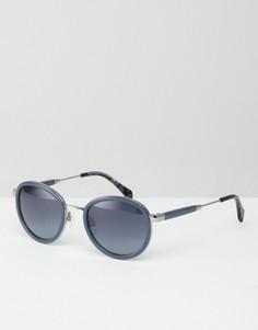 Серые солнцезащитные очки с затемненными стеклами Tommy Hilfiger - Серый