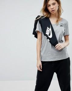 Серая футболка с V-образным вырезом Nike - Серый