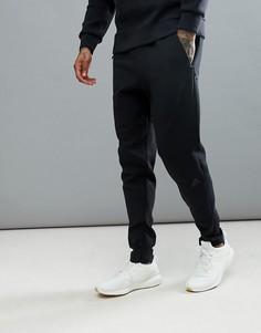 Черные брюки adidas ZNE Striker BQ7042 - Черный