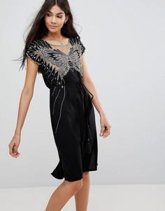 Платье с вырезным узором в виде бабочки и вышивкой Sugarhill Boutique - Черный