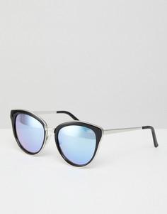 Солнцезащитные очки кошачий глаз с сиреневыми затемненными стеклами Quay Australia Every Little Thing - Черный