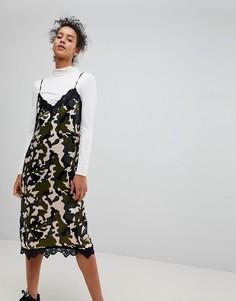 Платье-комбинация с кружевной отделкой Moss Copenhagen - Зеленый
