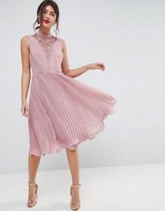 Платье миди без рукавов с кружевной вставкой и плиссированной юбкой ASOS - Бежевый