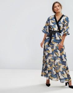 Платье макси с принтом и запахом Liquorish - Мульти