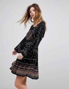 Короткое приталенное платье с принтом Free People Coryn - Черный