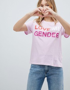 Футболка с принтом Love Me Gender Monki - Розовый