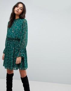 Короткое приталенное платье с мелким цветочным принтом Y.A.S - Зеленый
