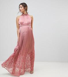 Платье макси с высоким воротом-оборкой и плиссированной юбкой Little Mistress Maternity - Розовый