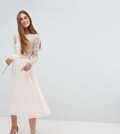 Платье миди с длинными рукавами и глубоким вырезом на спине Amelia Rose Tall - Розовый
