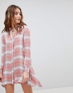 Платье-рубашка в клетку с завязками на манжетах Glamorous - Розовый