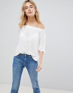Блузка с открытыми плечами Y.A.S Emba - Белый