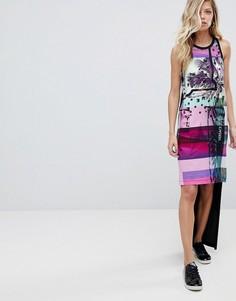 Асимметричное платье с пальмовым принтом и логотипом Versace Jeans - Черный