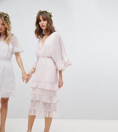 Эксклюзивное платье из ткани добби в горошек с отделкой бусинами Stevie May - Розовый