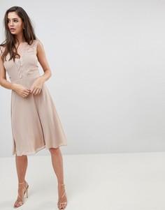 Платье миди с кружевной отделкой Elise Ryan - Коричневый