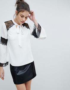 Блузка с кружевными вставками Lipsy - Белый