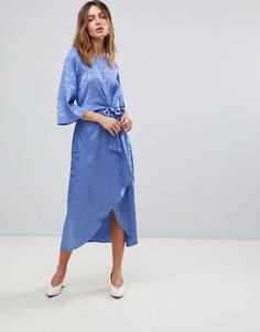 Атласное платье миди с рукавами-кимоно Y.A.S - Синий