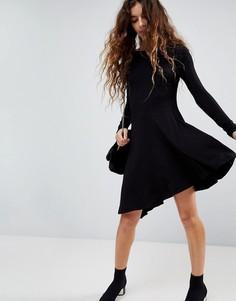 Короткое приталенное платье с асимметричным подолом ASOS - Черный