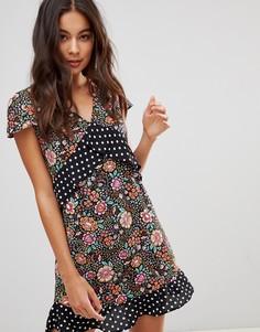 Платье мини с глубоким вырезом и оборками Oh My Love - Черный