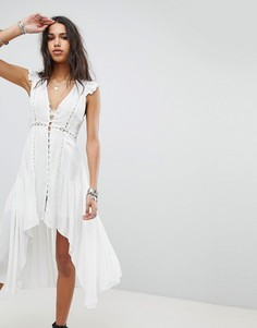 Чайное платье на пуговицах с асимметричным подолом ebonie n ivory - Белый
