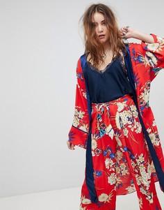Кимоно с цветочным принтом Kiss The Sky - Красный