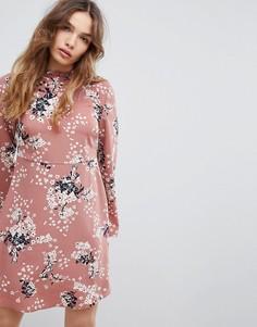 Короткое приталенное платье с цветочным принтом JDY - Мульти