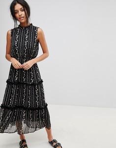Платье миди с цветочным узором и рюшами Moon River - Черный