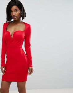 Платье-футляр с длинными рукавами и вырезом на косточках Club L - Красный
