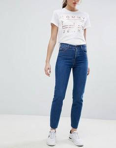 Джинсы в винтажном стиле с завышенной талией Tommy Jeans Izzy - Синий