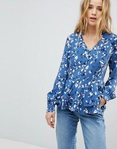 Блузка с пуговицами, цветочным принтом и баской Boohoo - Мульти