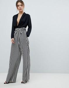 Полосатые брюки с широкими штанинами и завязкой на поясе Boohoo - Черный