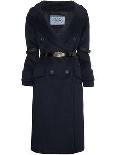 пальто с поясом  Prada