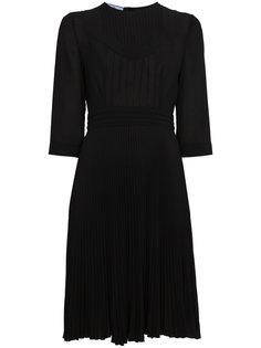 плиссированное расклешенное платье  Prada