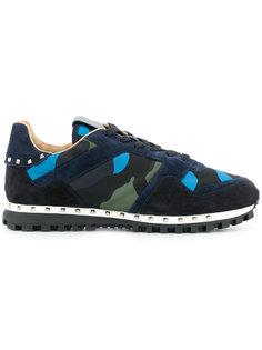 кроссовки с камуфляжным принтом Rockstud Valentino