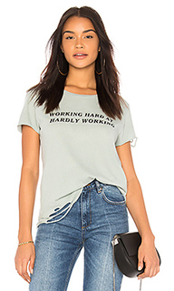 Топ hardly working - Wildfox Couture