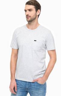 Серая футболка с карманом Lee