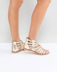 Кожаные сандалии-гладиаторы ASOS FOZ - Золотой