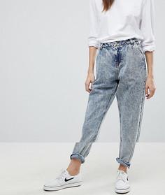 Джинсы в винтажном стиле с эффектом кислотной стирки Noisy May - Синий
