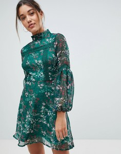 Короткое приталенное платье с длинными рукавами и цветочным принтом Missguided - Зеленый