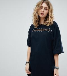 Платье-футболка с разрезом и английскими булавками Milk It Vintage - Черный