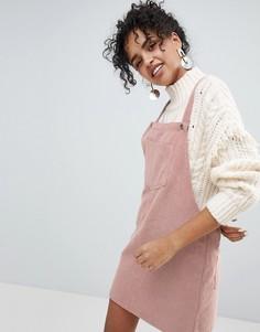 Вельветовое платье с карманами New Look - Розовый
